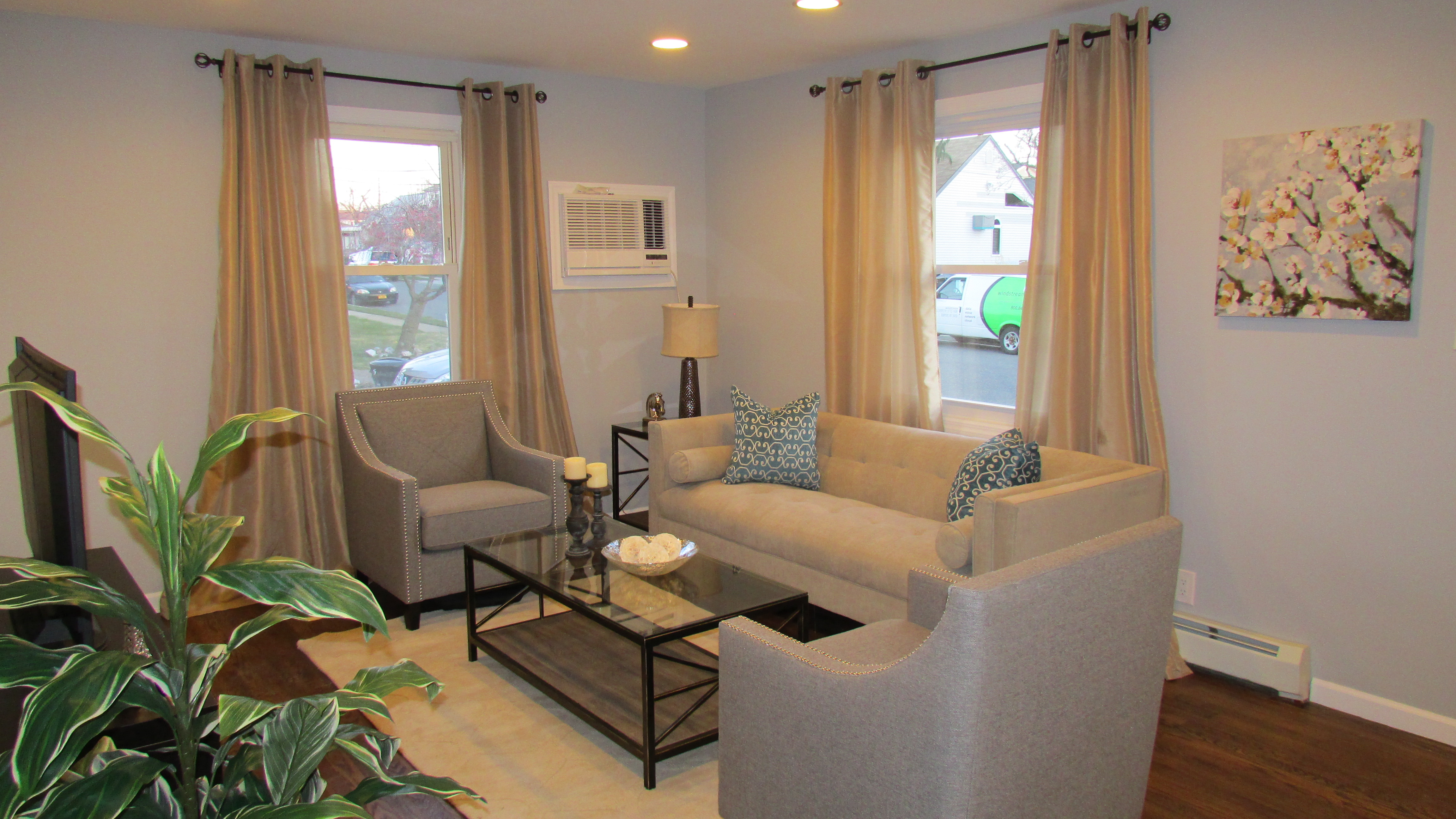 home staging Elmont, NY